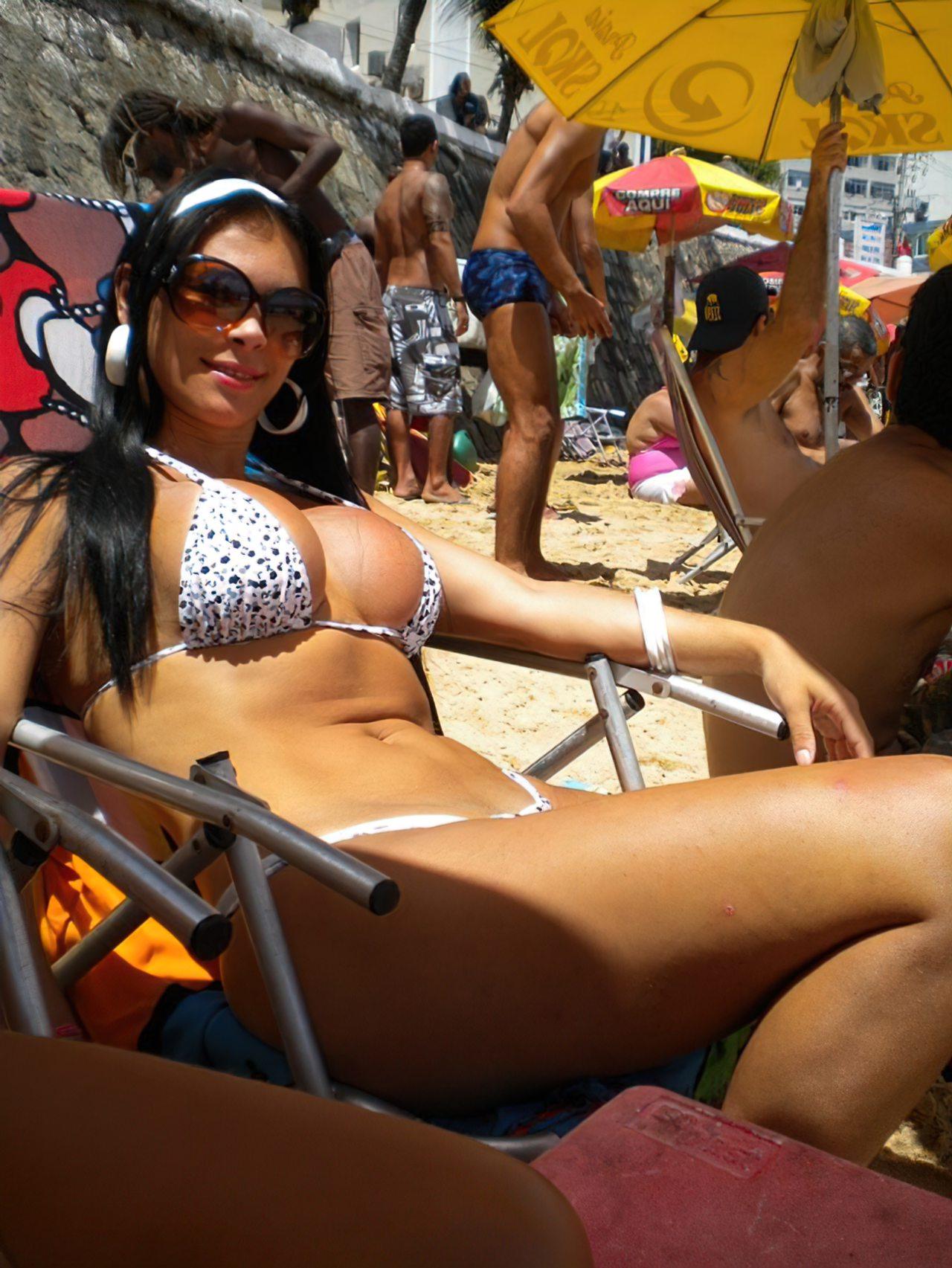sexo em praia dominação feminina