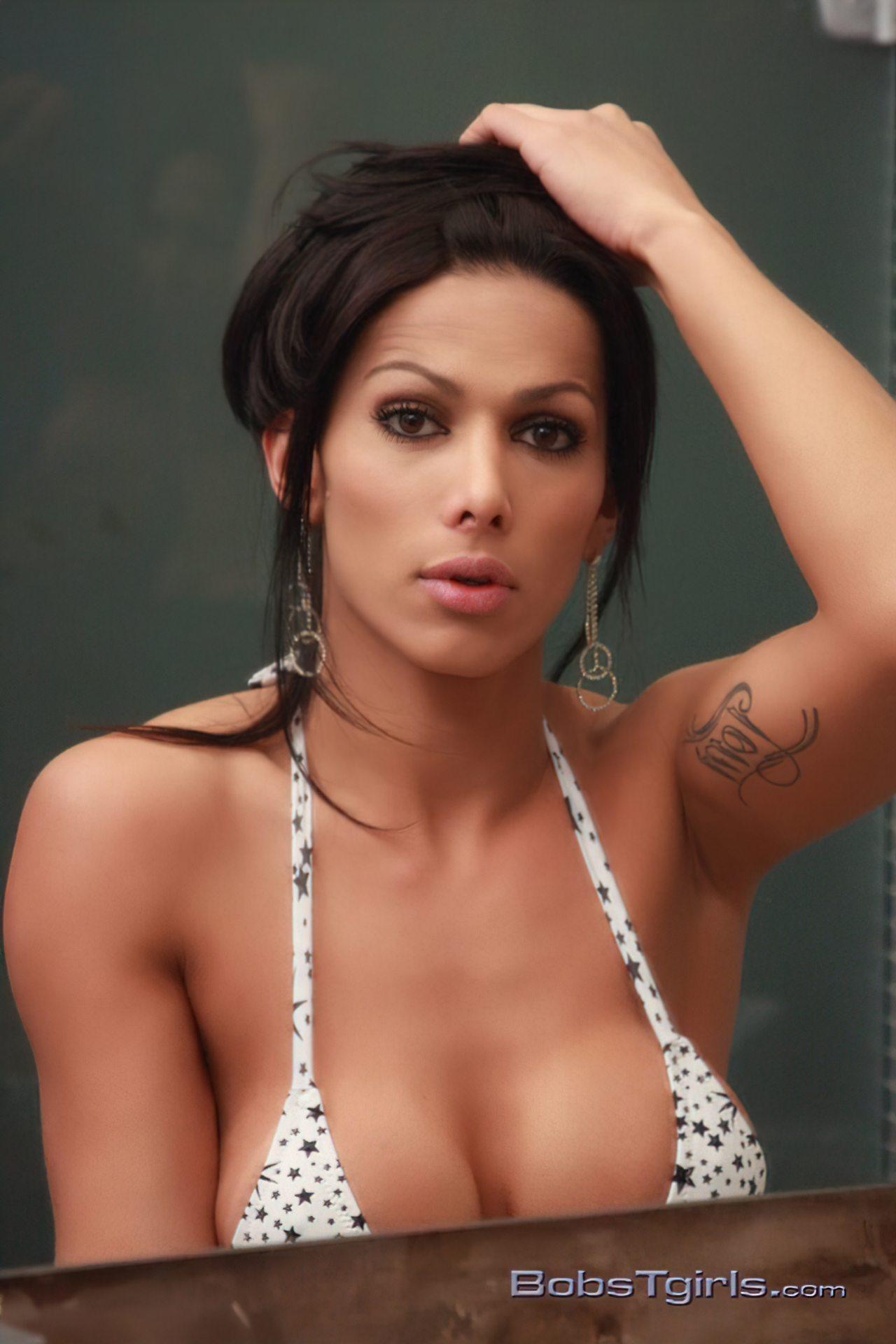 Nicolly Navarro (1)