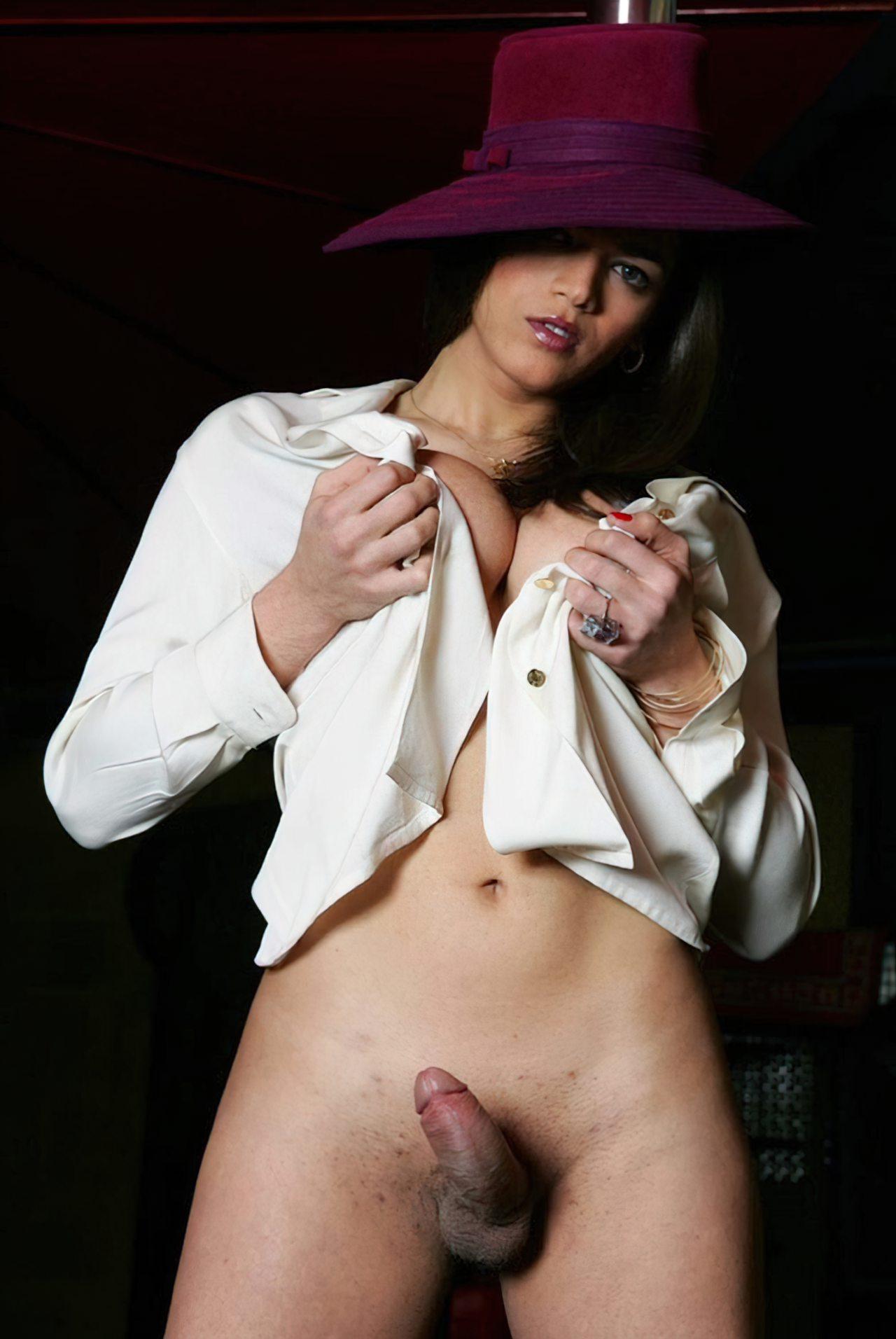 Travesti Pau Duro (1)