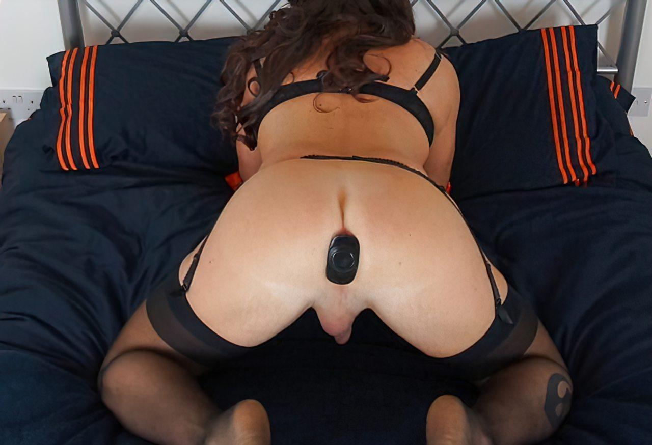 Travesti Masturbação Anal (3)