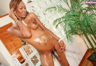 Negra Linda com Pénis Grande (7)