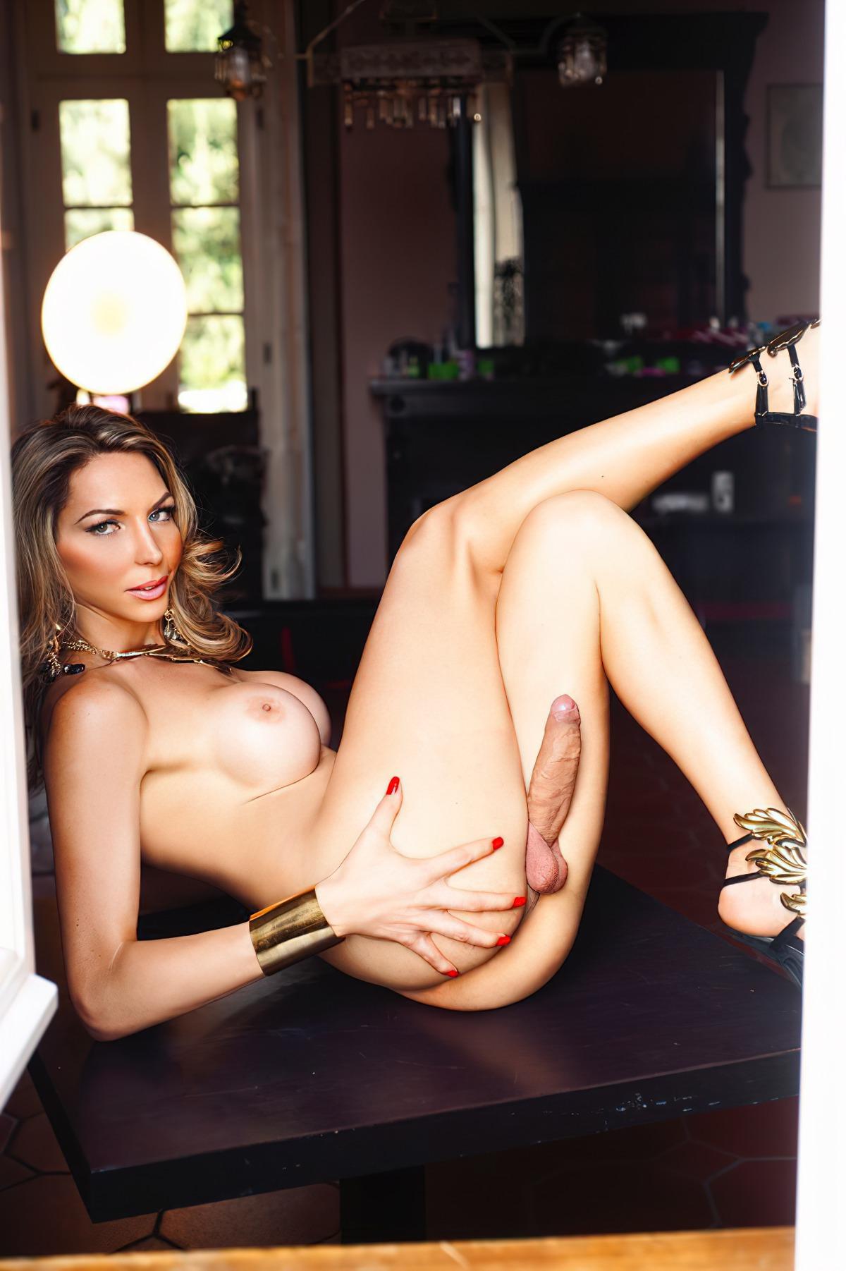 Shemale Laviny Albuquerque (9)