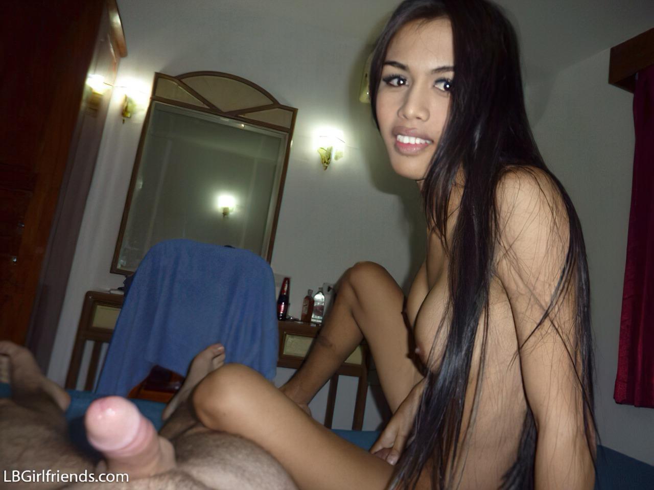 Sexo no Hotel com Tailandesa (1)