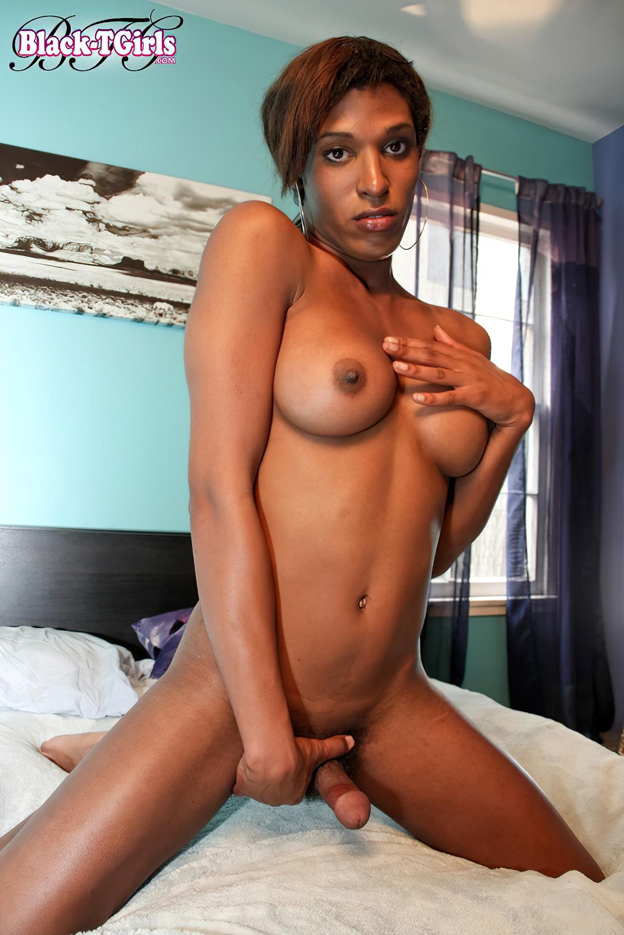 Travesti Negra Pelada (5)