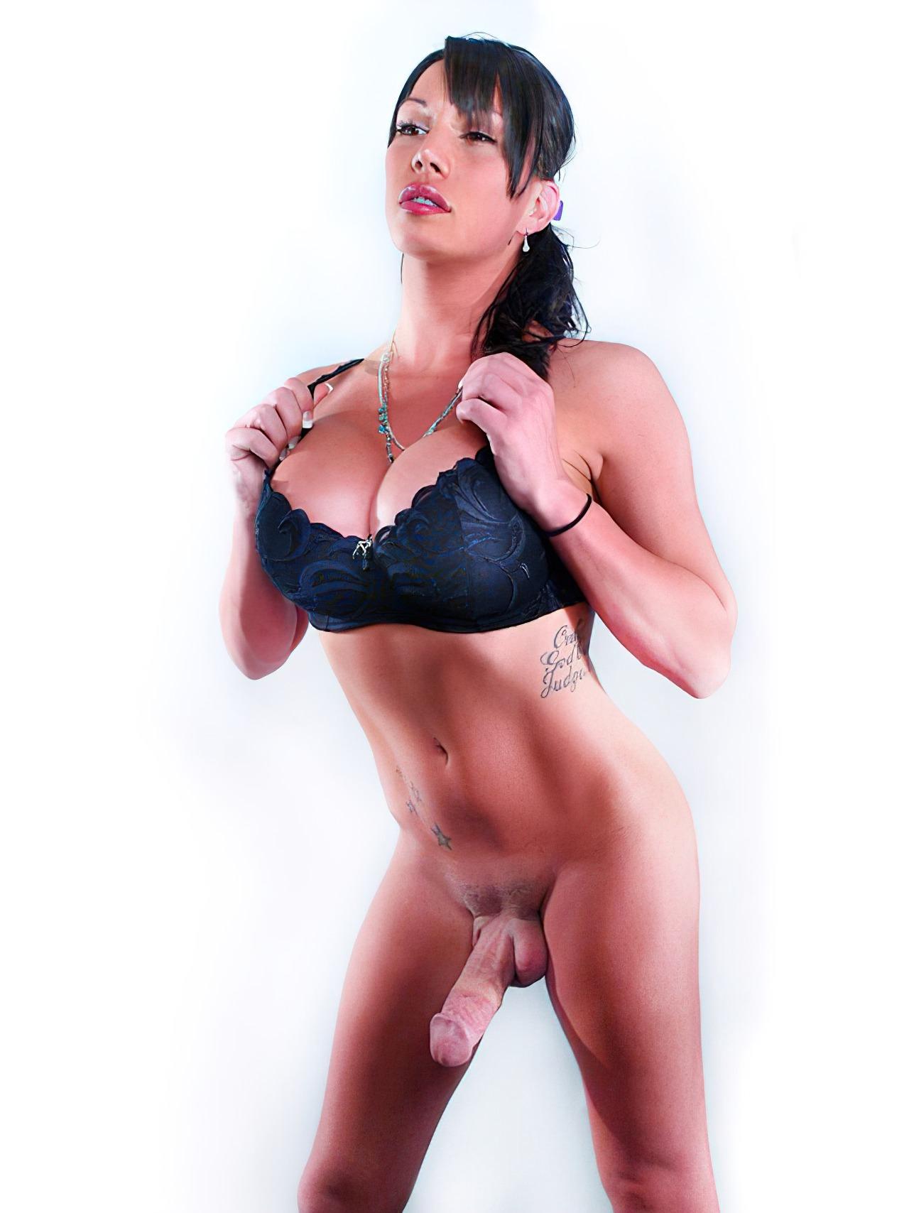Layla Tesuda Amadora (1)