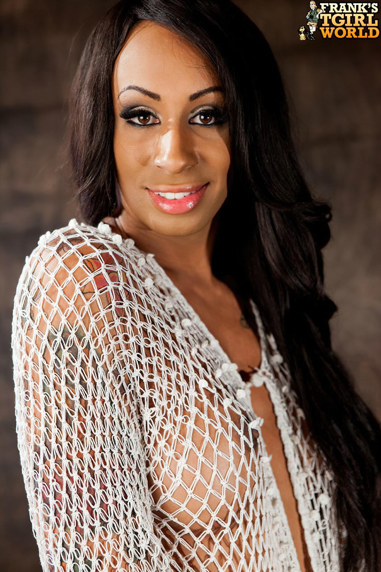 Travesti Negra (27)