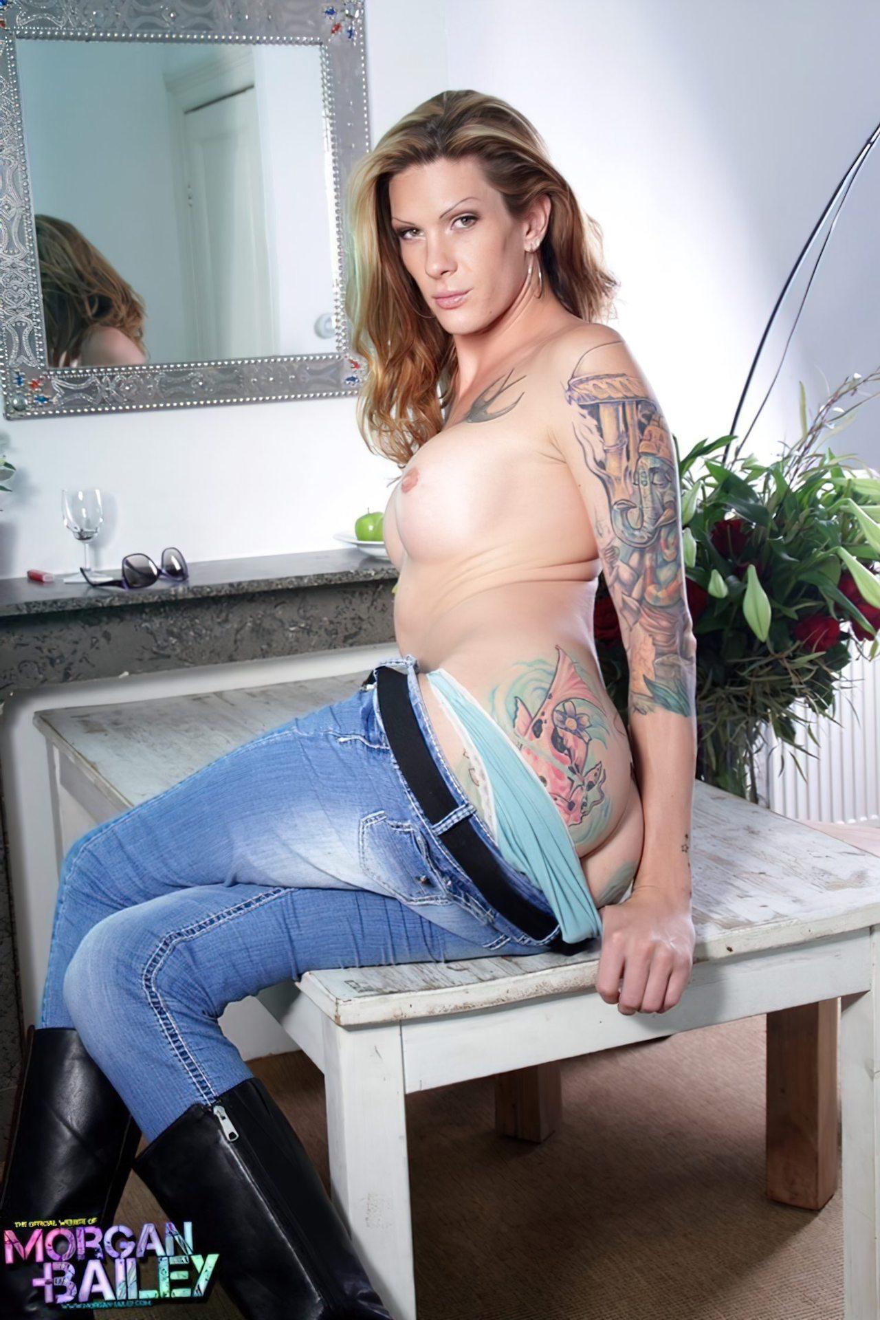 Transexual com Tatuagens (3)
