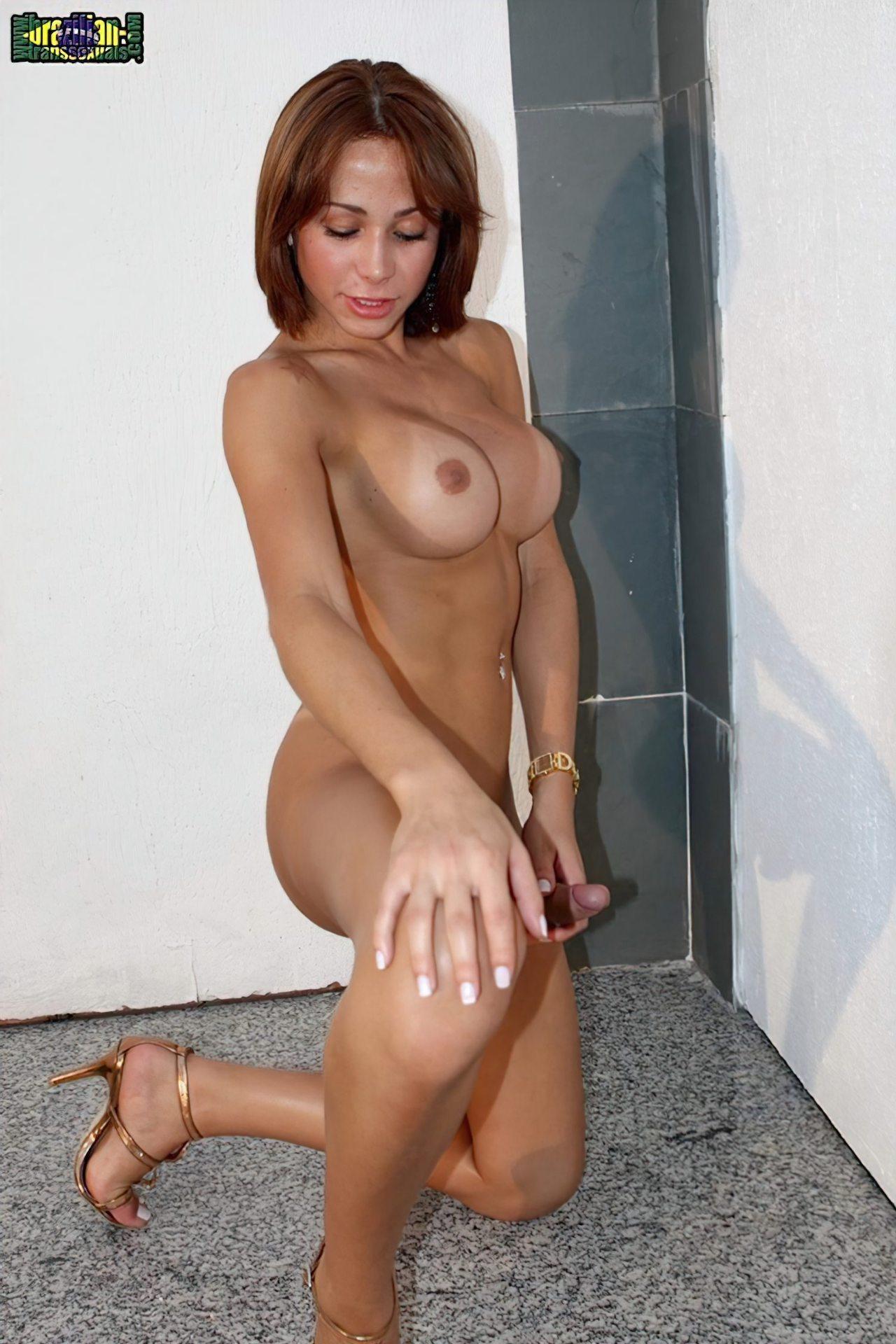 Travesti Paula Mello (62)