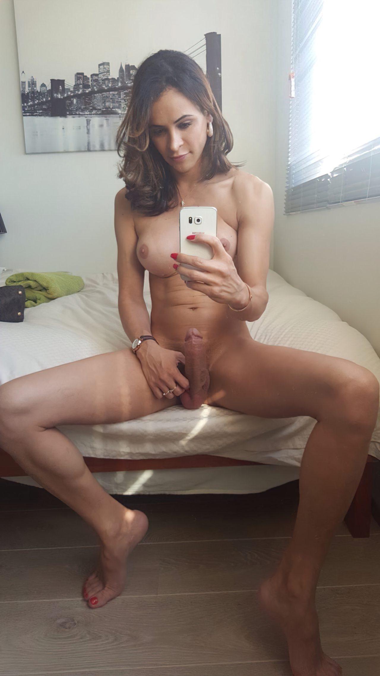 Travesti Pinto Duro (49)