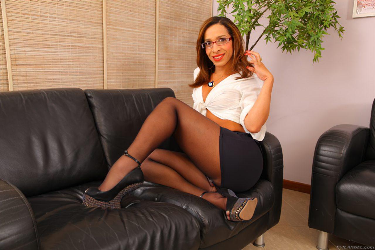Gabriellia Secretária Dotada (2)