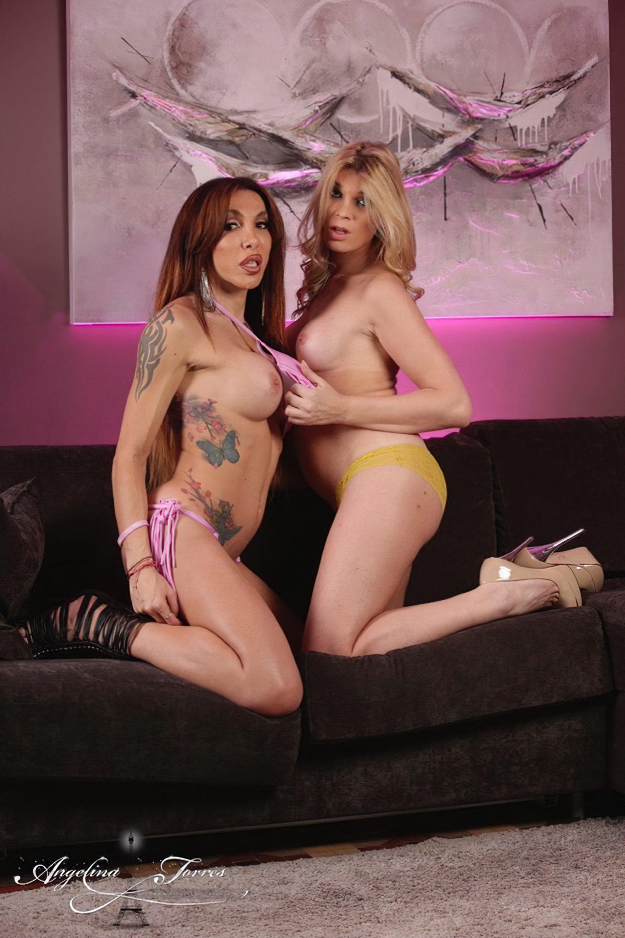 Angelina Torres & Eva Paradis (7)