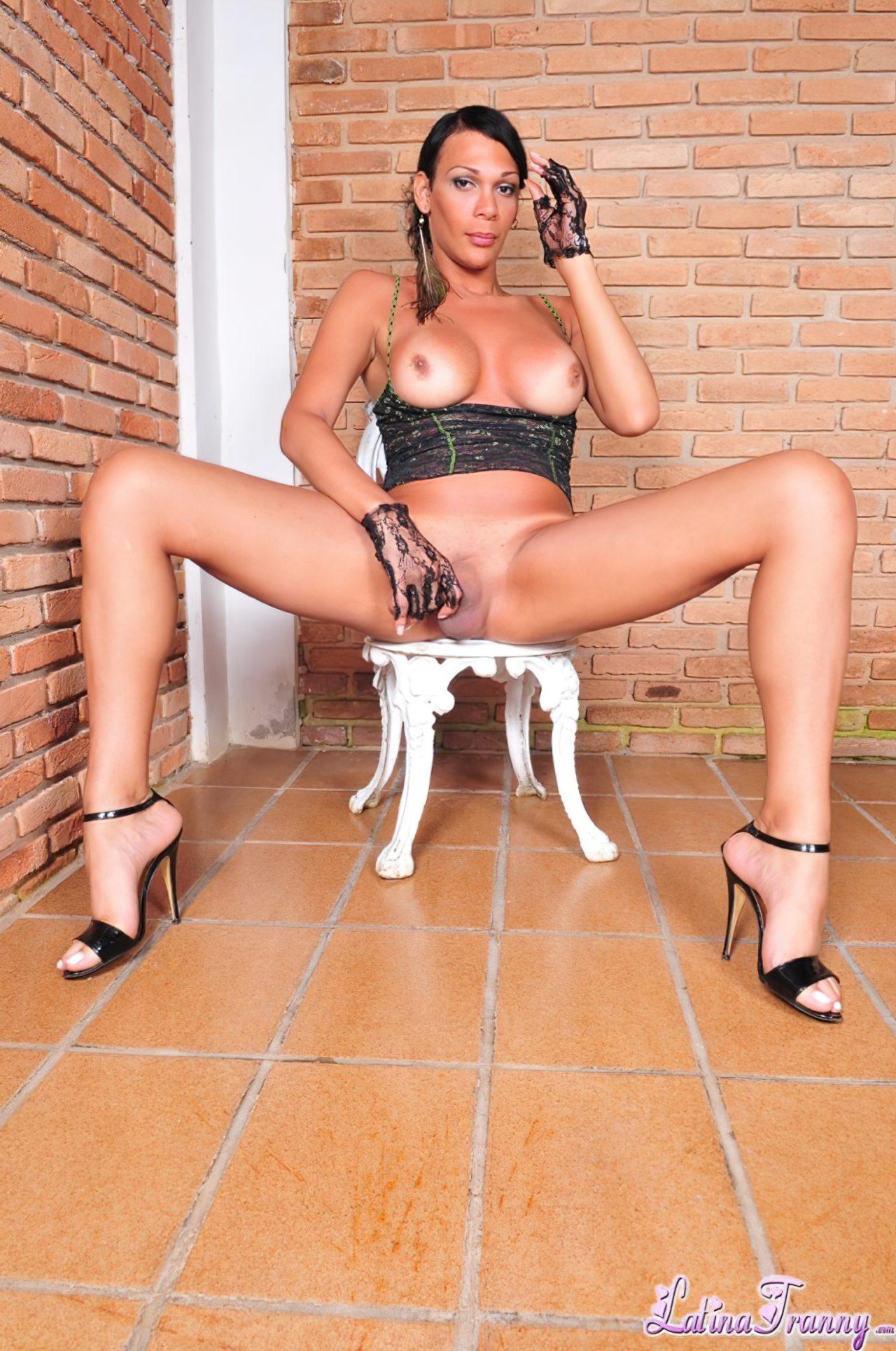 Morena Latina (5)