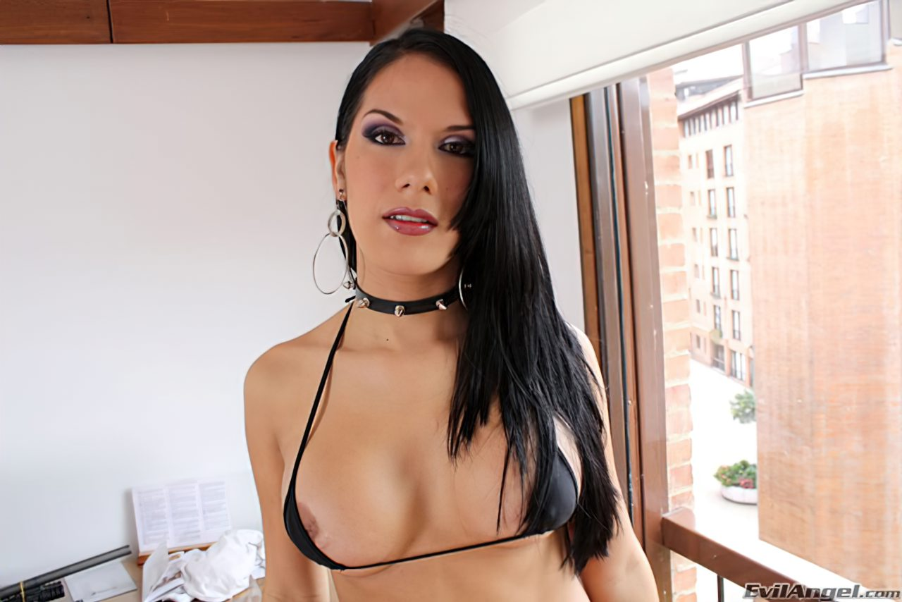 Travesti Maria Barbosa (2)