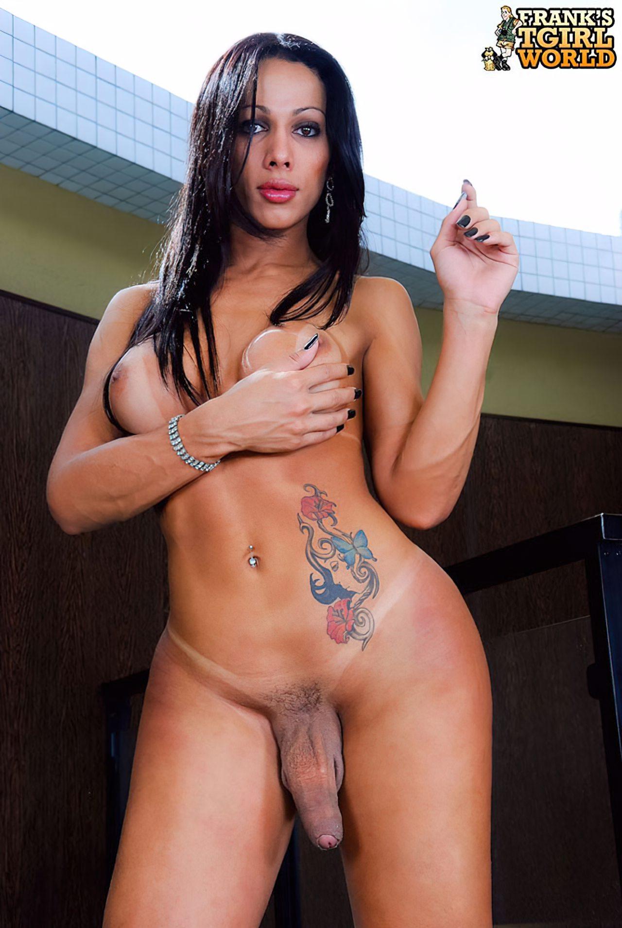 Nicolly Navarro Despida (7)