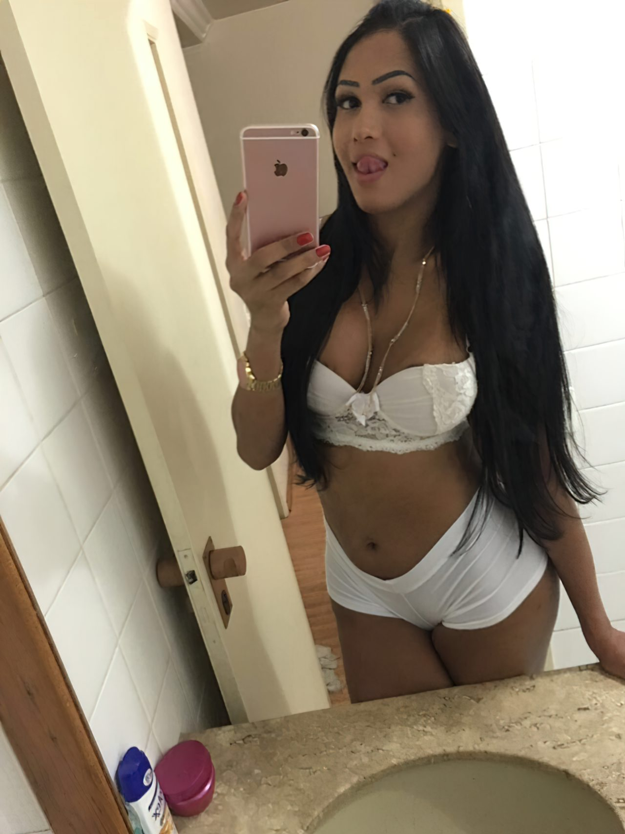 Travesti Helen Rivera Nua (2)