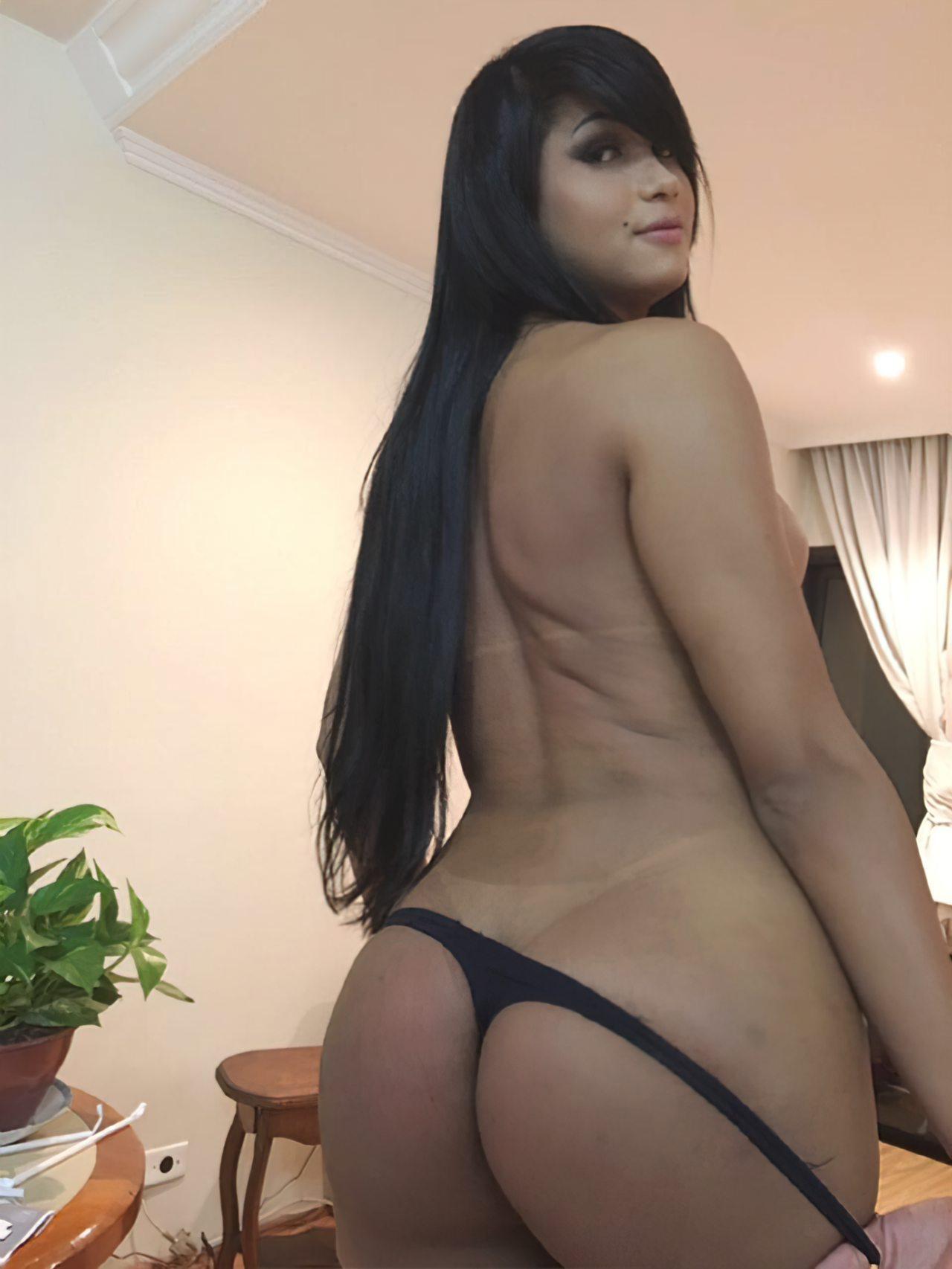 Travesti Helen Rivera Nua (6)