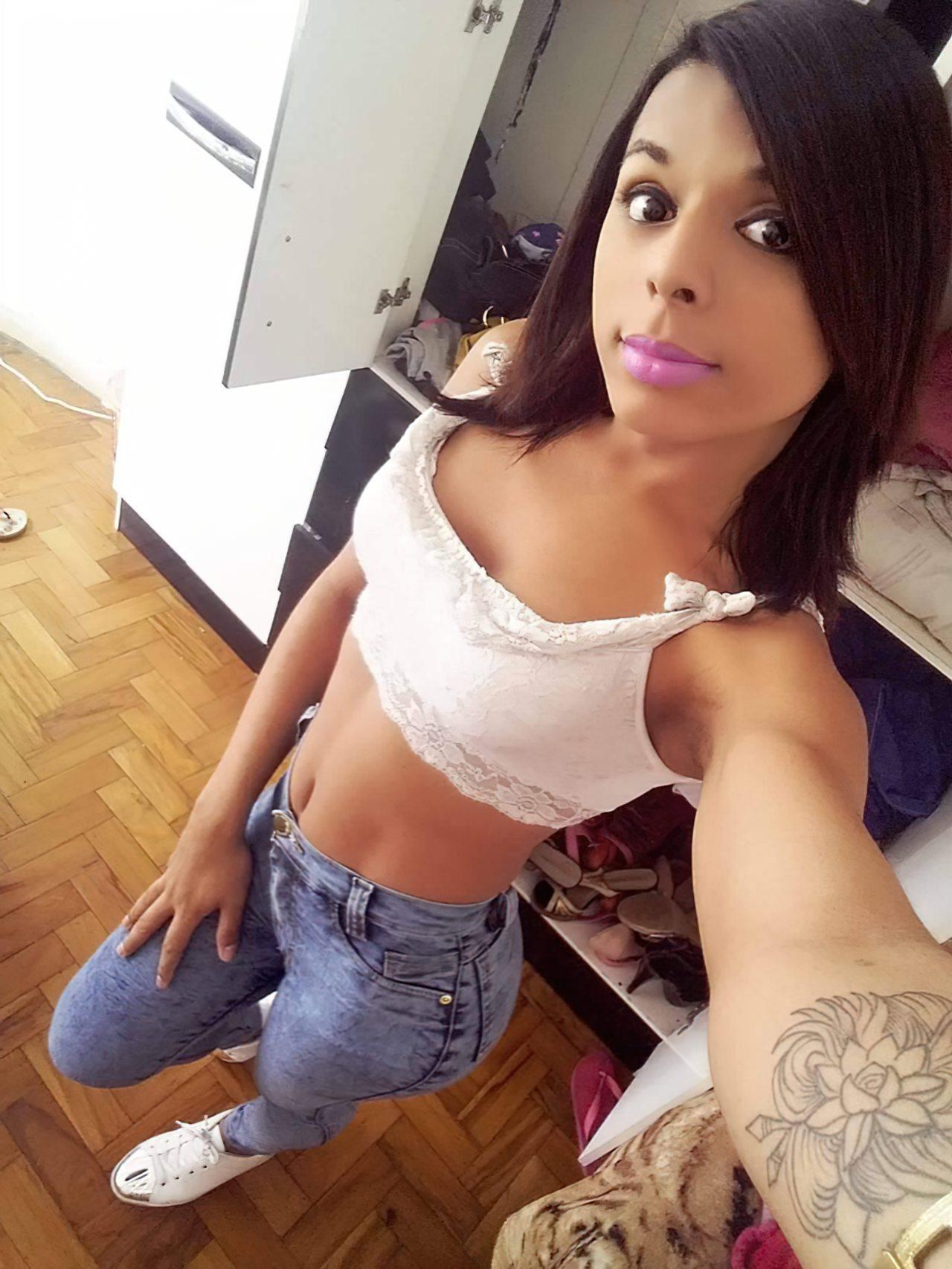 Travesti Bem Linda (3)