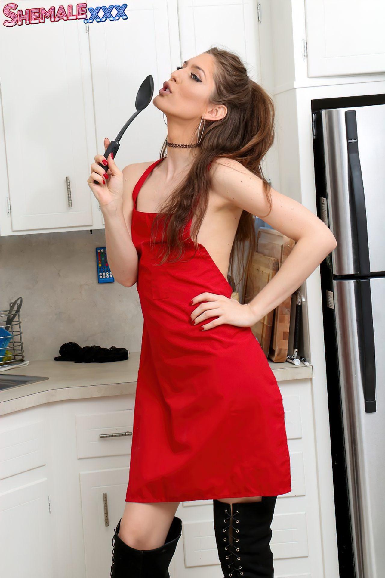 Travesti Sexy Nua Cozinha (3)
