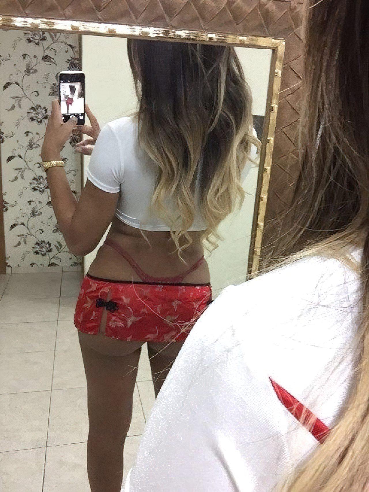 Izabela Surfistinha Nua (3)