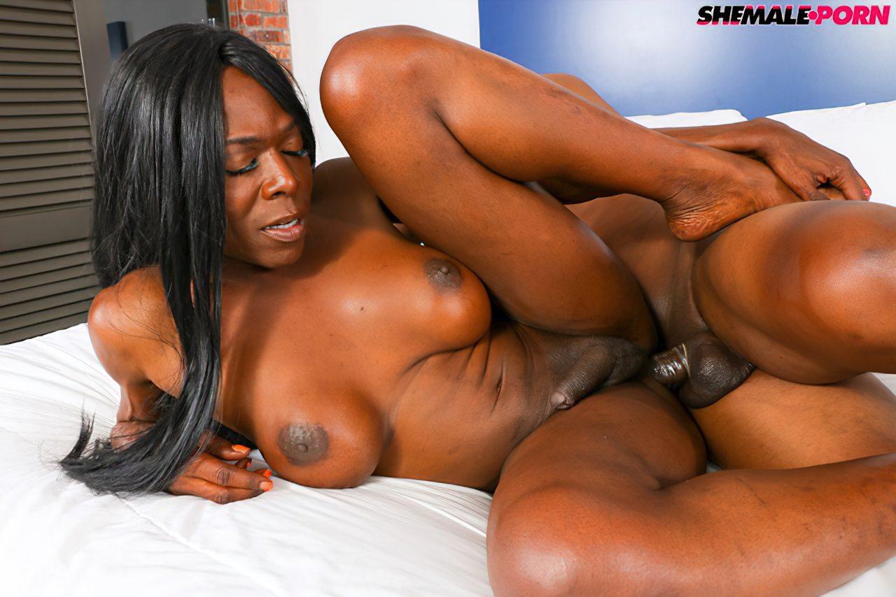 Transex Negra Fodida Cacete (6)
