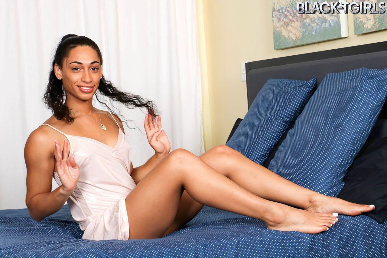 Jasmine Lotus Travesti Negra (1)