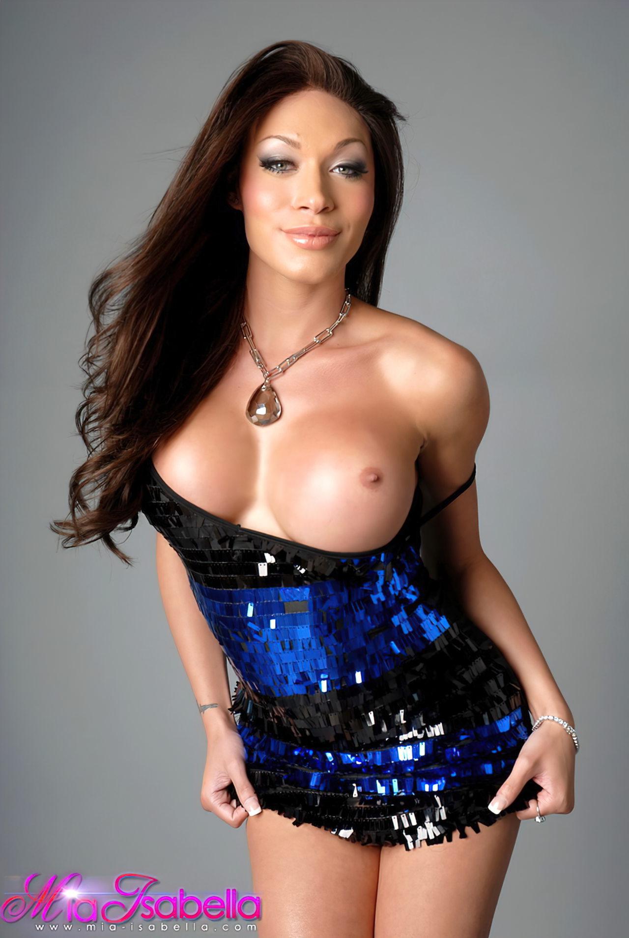 Mia Isabella (36)