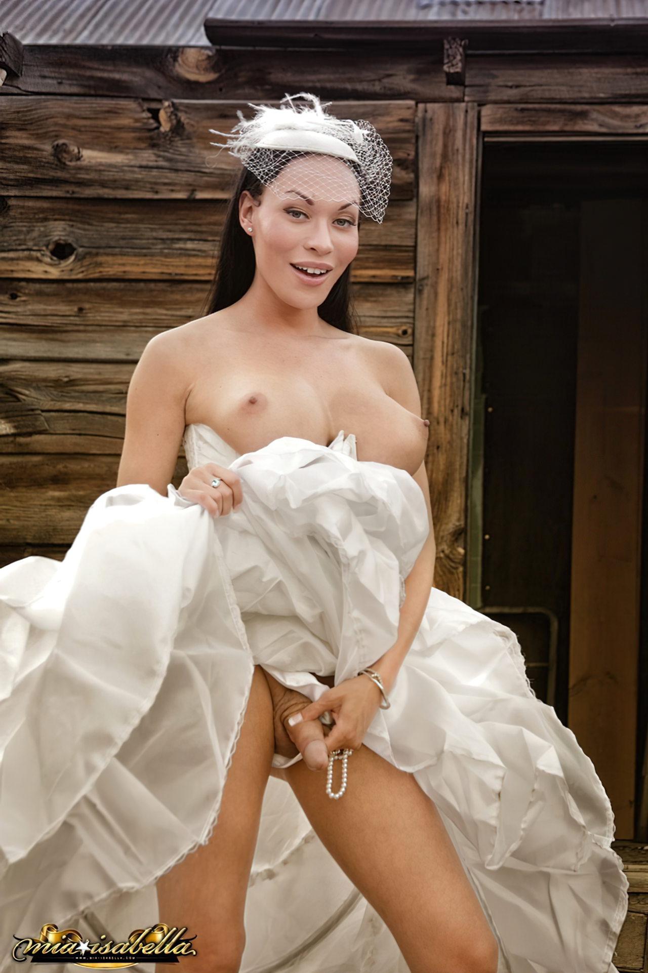 Mia Isabella (52)
