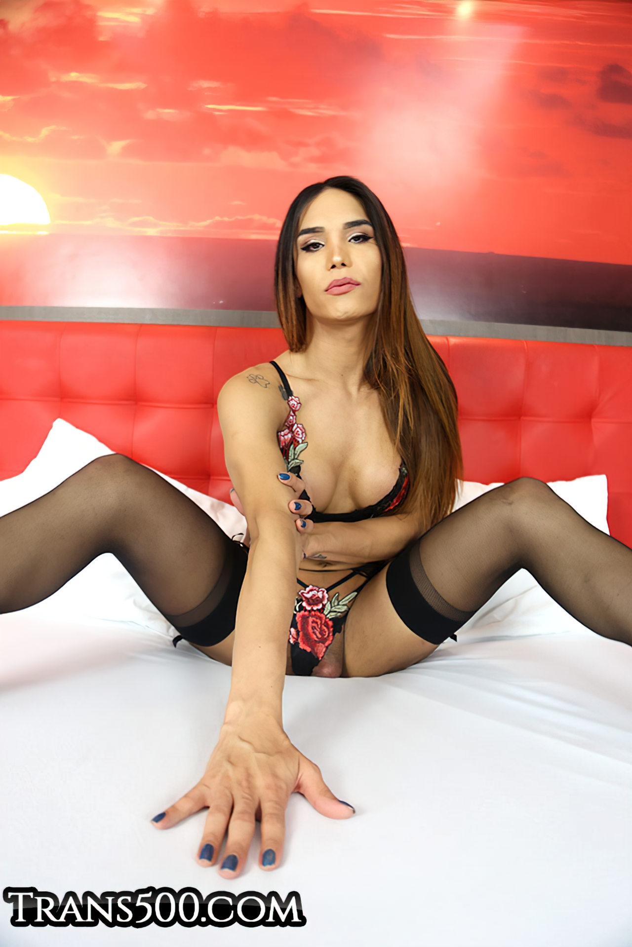 Kalliny Nomura Travesti Brasileira Nua (3)