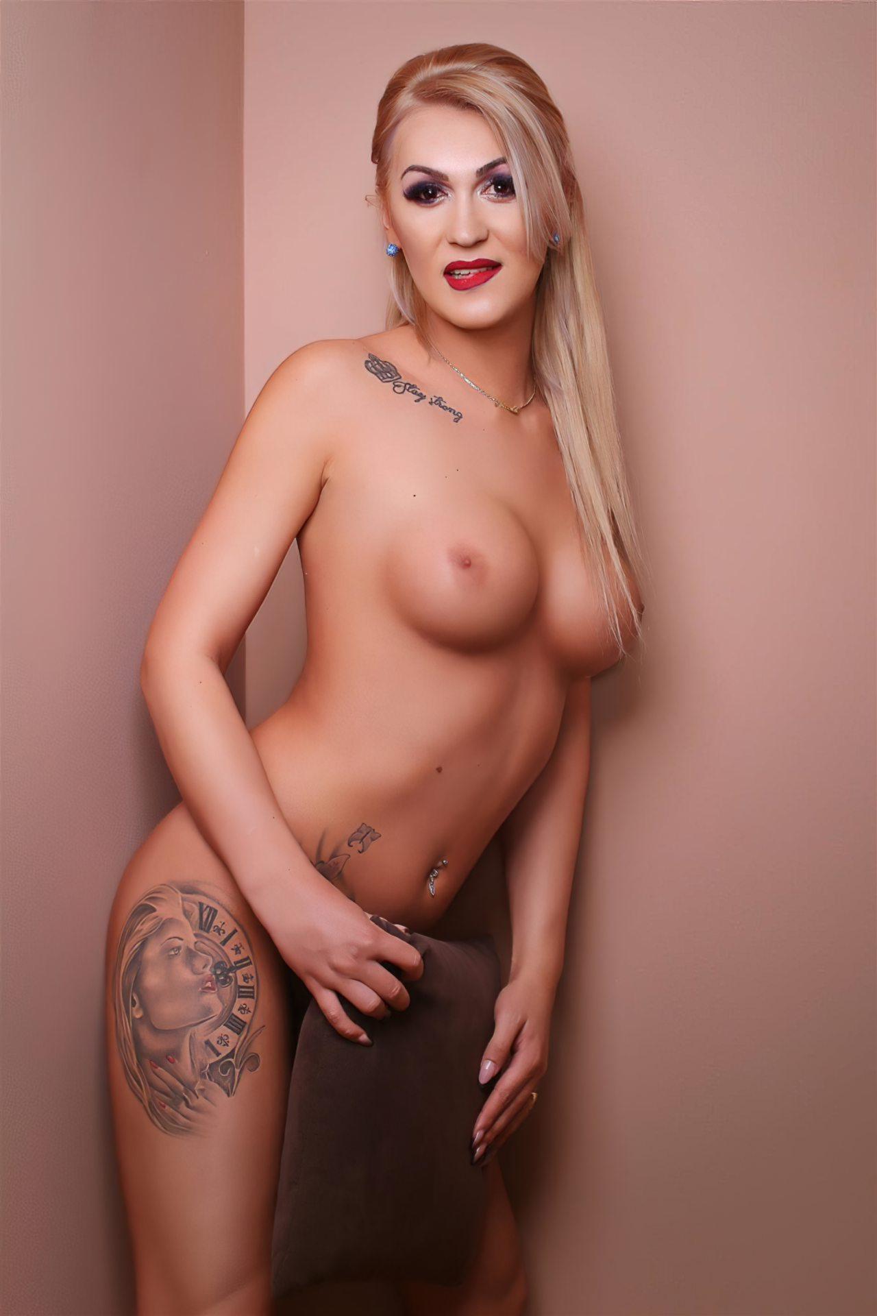 GlossyDiamondX Transex Nicole (41)