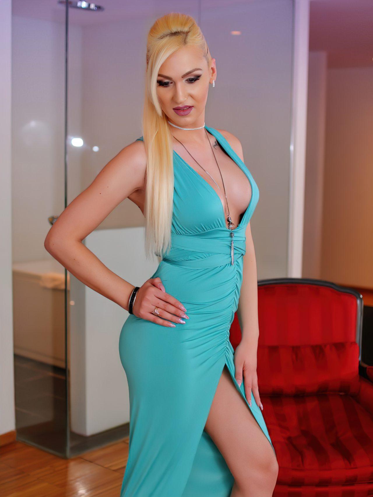 GlossyDiamondX Transex Nicole (48)