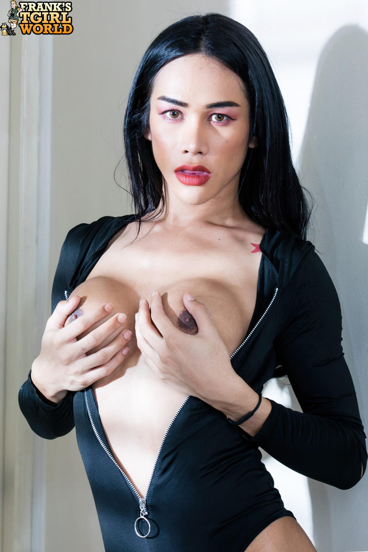 Travesti Oriental Sarada (5)