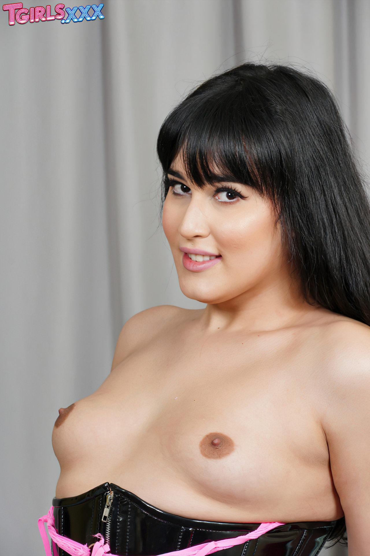 Mia Bellamy Trans Passiva (7)